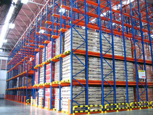 ab_food_beverage_drive_in_pallet_racking_ssi_schaefer_th_01_d12775e1f3
